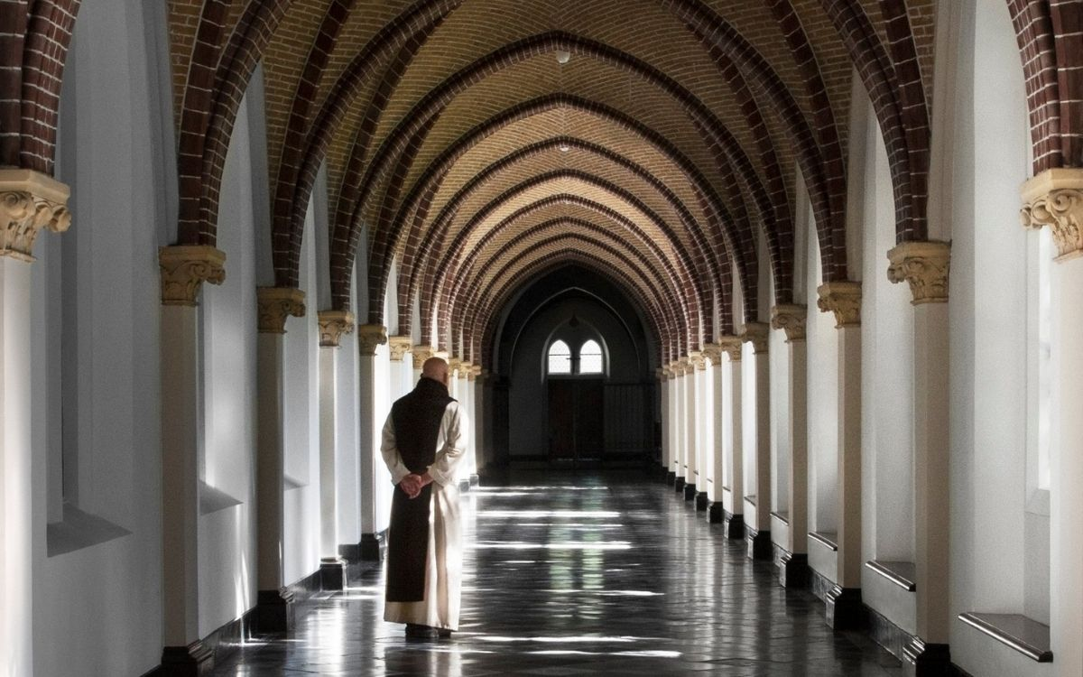 OMG Magazine - Kloosterpad Noord Brabant - Op pelgrimstocht in eigen land kloosters abdijen